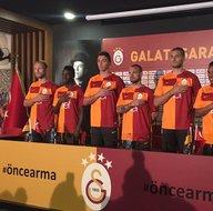 Galatasaray'ın yeni sezon forması sosyal medyayı salladı