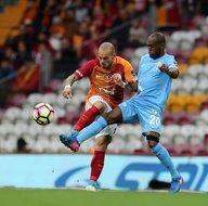 Galatasaray-Osmanlıspor karşılaşmasından kareler