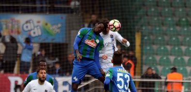 Çaykur Rizespor-Trabzonspor karşılaşmasından kareler