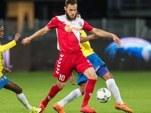 Galatasaray'a ''bonservissiz'' 9 orta saha