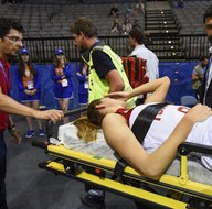 Milli oyuncu hastaneye kaldırıldı