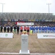 Osmanlıspor-Trabzonspor karşılaşmasından kareler