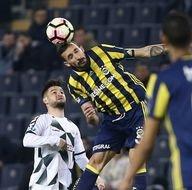 Fenerbahçe-Atiker Konyaspor karşılaşmasından kareler