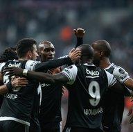 Beşiktaş-Adanaspor karşılaşmasından kareler